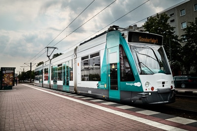 Fully autonomous AI trams and trains coming